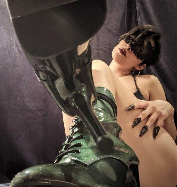 Mistress Thyrst