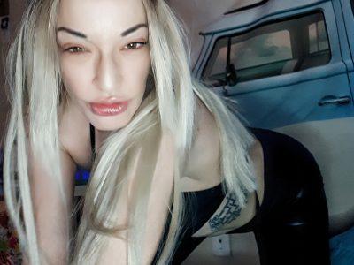 SexyBlondeBunny